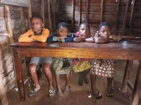 Democratic Republic of Congo – Solidarity in support of education for families affected by the fire last August