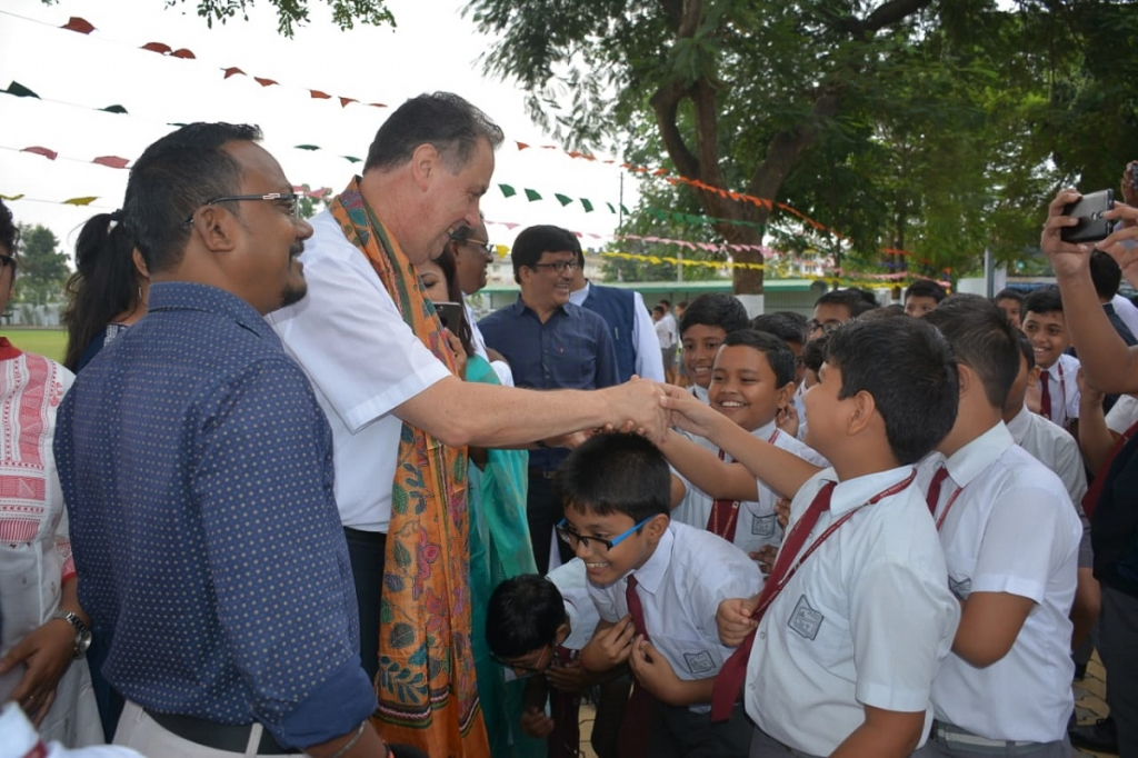 India - Rector Major welcomed on Nepal - India border