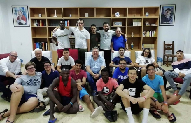 "Spain - ""The Salesians reaffirm their commitment to hospitality"": World Day of Migrants and Refugees"