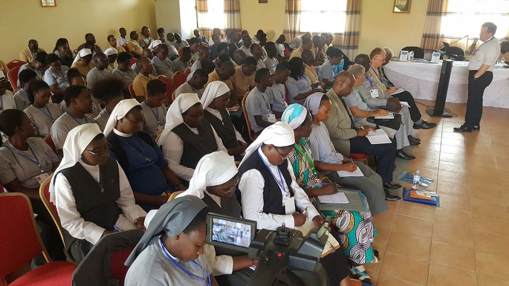 "Rwanda – Fr Attard at seminar on apostolic exhortation ""Christus vivit"""