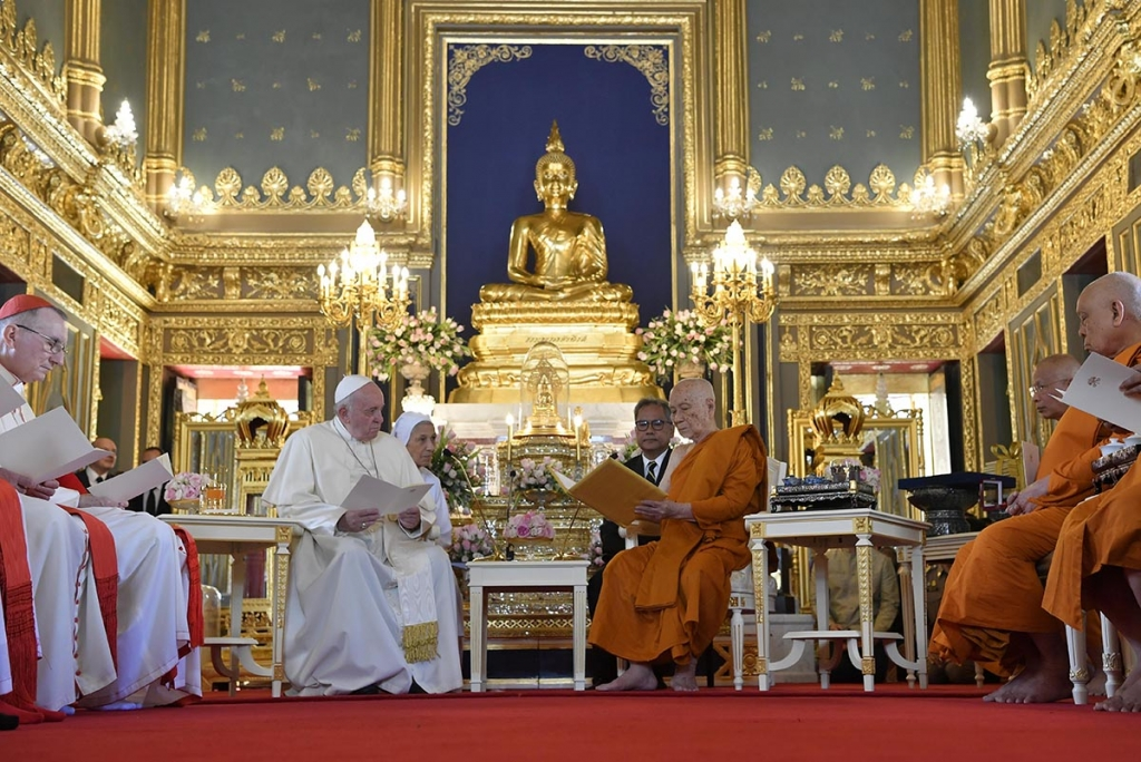 Thailand - Pope Francis meets Supreme Patriarch of Buddhists