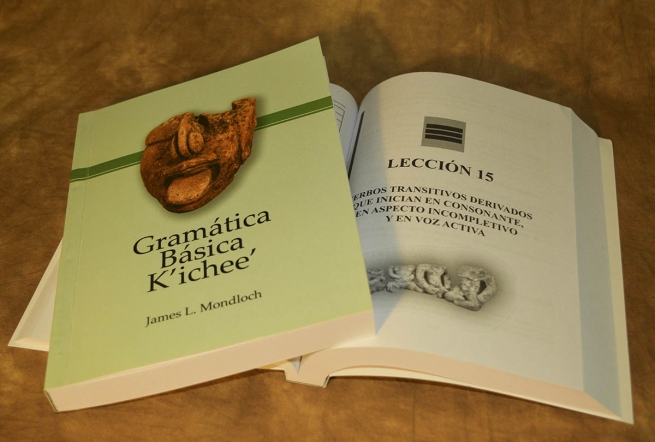 "Guatemala – ""Mesoamerican University"" publishes ""K'ichee Fundamental Grammar"""