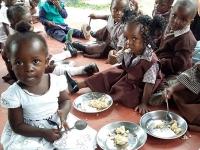 """Stati Uniti – """"Pani e Pesci"""": una campagna per sostenere l'invio di aiuti essenziali in tutto il mondo"""