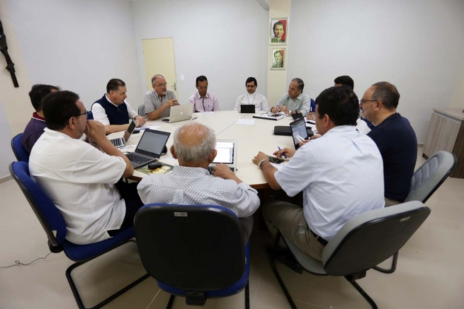 Brazil - Visit of Rector Major: beginning of the week devoted to Salesians