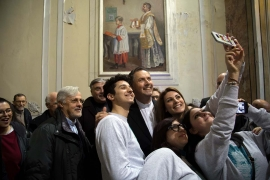 Italy - Don Bosco and young people: Rector Major in Naples