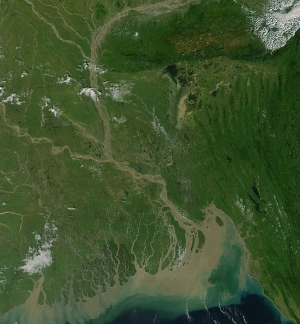 Bangladesh – Country struggling with floods and Covid-19