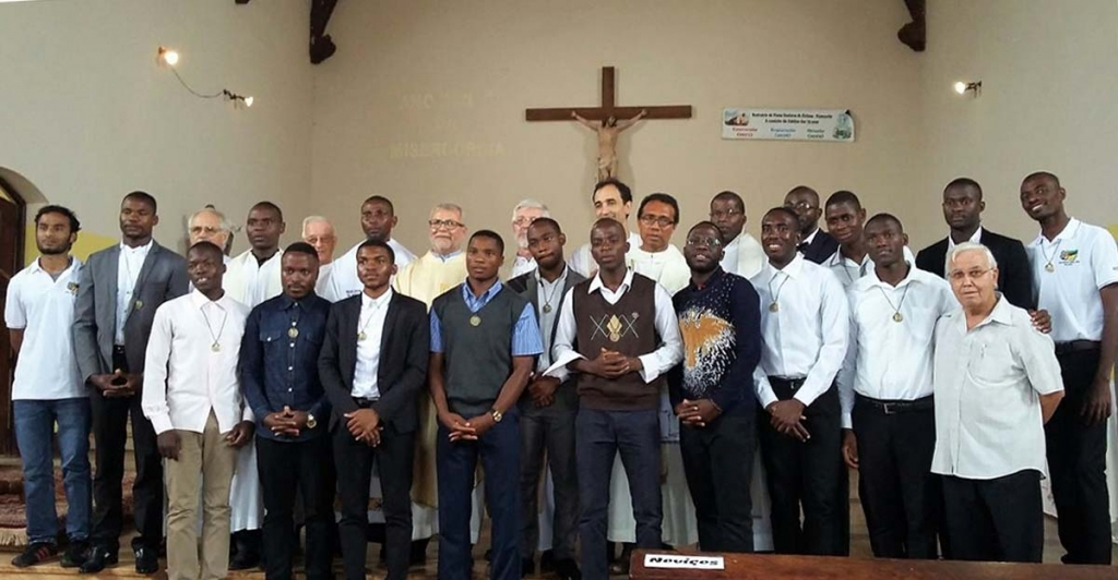 Mozambique - 14 novices profess their first religious vows