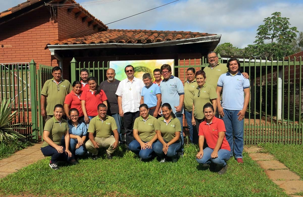 Paraguay - Fr Vitali meets the people in charge of the Don Bosco Róga Foundation