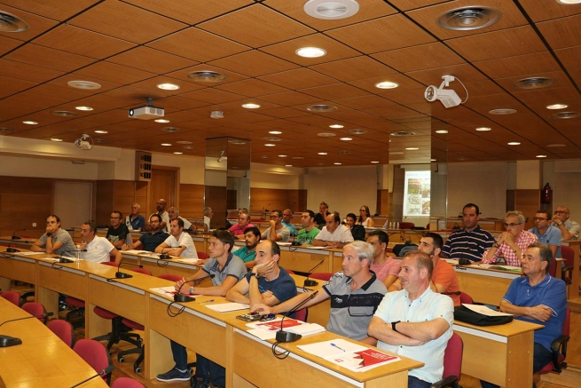 Spain - Thirty professors of Salesian vocational training centers receive formation for Mechanized Mechanic cycle