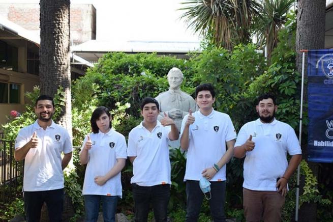 Chili – Quelques succès de l'éducation salésienne : des élèves Médaillés d'Or à « WorldSkills Chile 2020 »