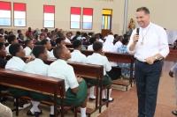 Rwanda – L'incoraggiamento del Rettor Maggiore alla Famiglia Salesiana