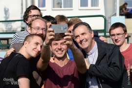 Czech Republic - Dialogue between the Rector Major and young people
