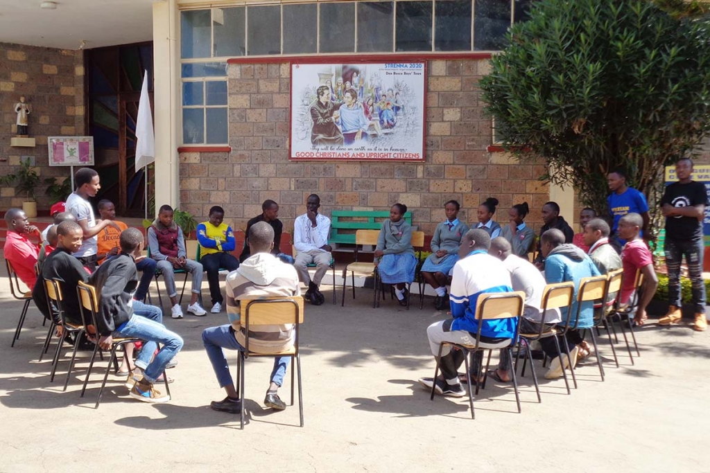 "Kenya - 600 young people participate in ""Youth Fest"" program"