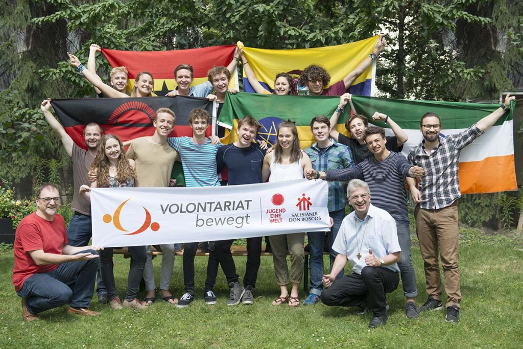 Austria - 15 volunteers on missions for children and young people