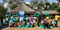Uganda - Salesian missionaries of Palabek provide food aid to 800 people