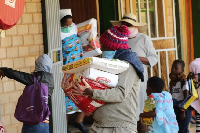 "South Africa – ""Thank you, on behalf of the poorest of the poor!"" Salesian generosity changes people's lives"