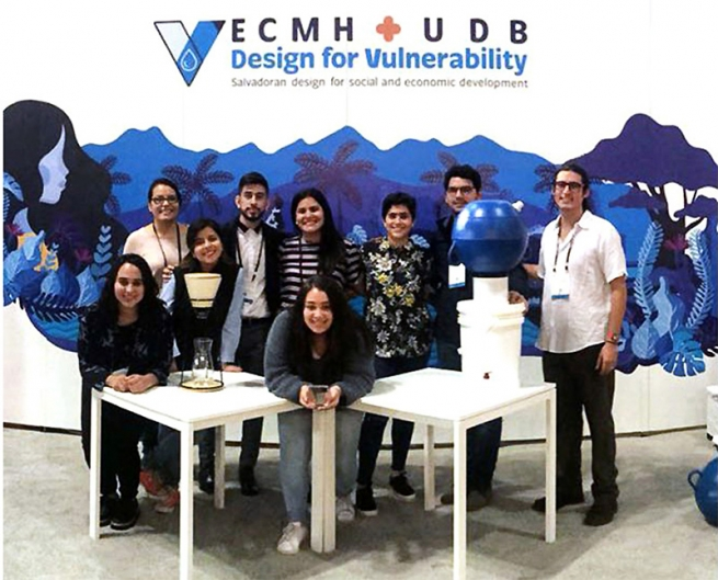 El Salvador - Don Bosco University Students awarded for Water Purification Project
