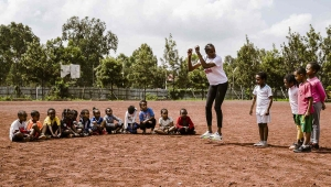 Ethiopia - Solidarity and sport, Fiona May's bond with the missions