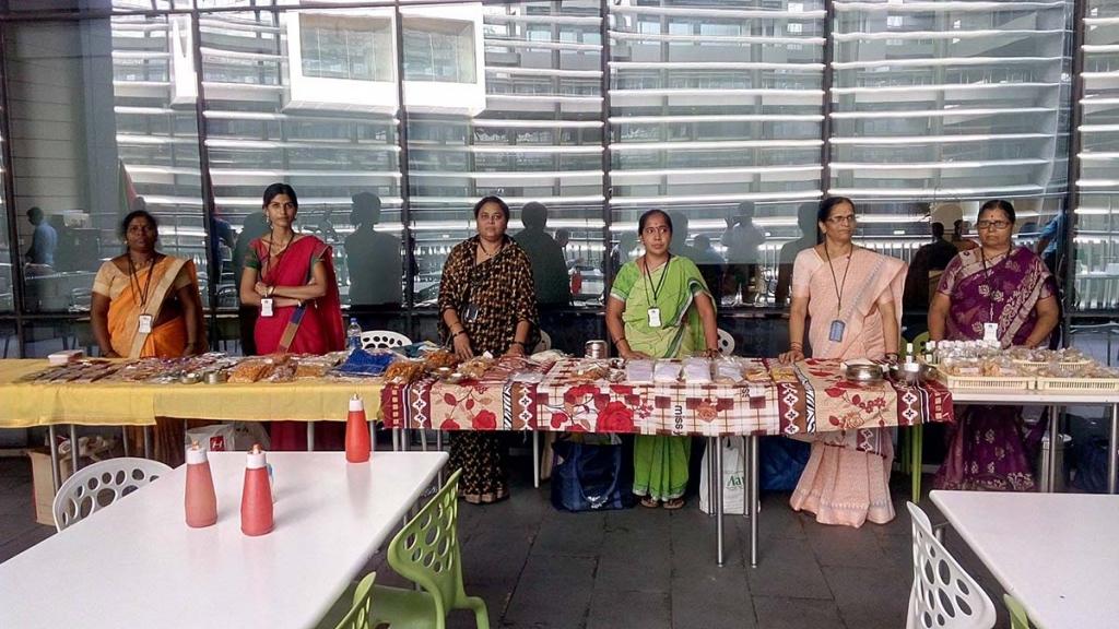 India exposici n de productos elaborados por mujeres de - Productos de la india ...