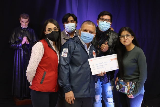 "Ecuador – Youth from SYM and Salesian oratories donate $ 14,000 to ""For Daily Bread"" campaign"