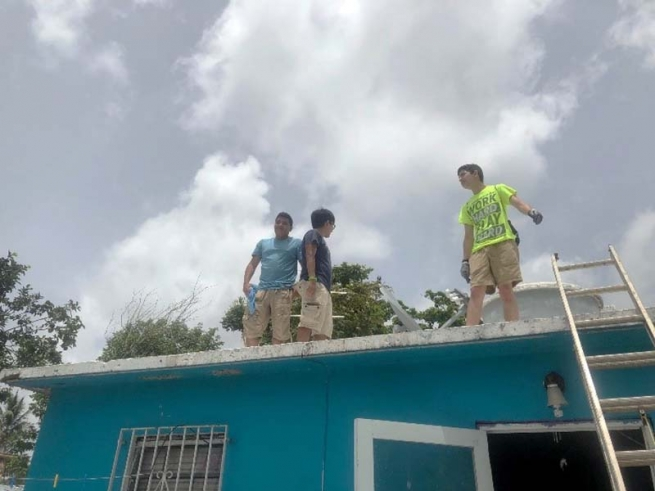 Puerto Rico – DBCR Students and Staff Spend a Week of Service, Prayer, and Play in San Juan