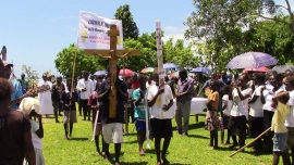 Solomon Islands – Peregrination of Paschal Candle and Cross in view of 60th anniversary of Gizo diocese