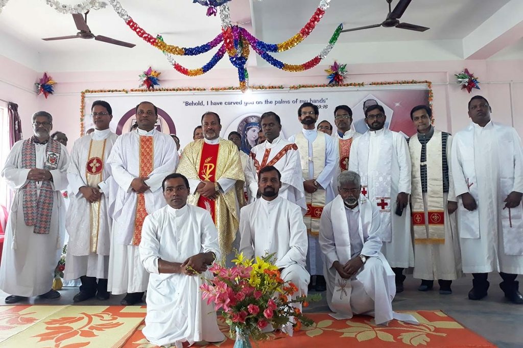 Nepal - 25th anniversary of profession for three Salesian missionaries in Nepal