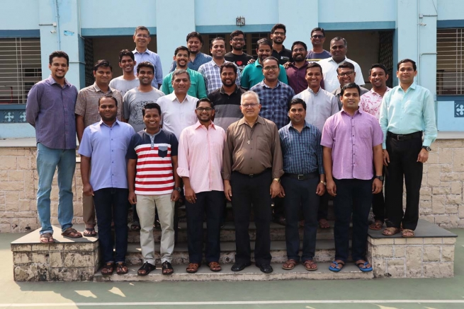 India – General Councillor for Formation meets Young Salesians of the Mumbai Province