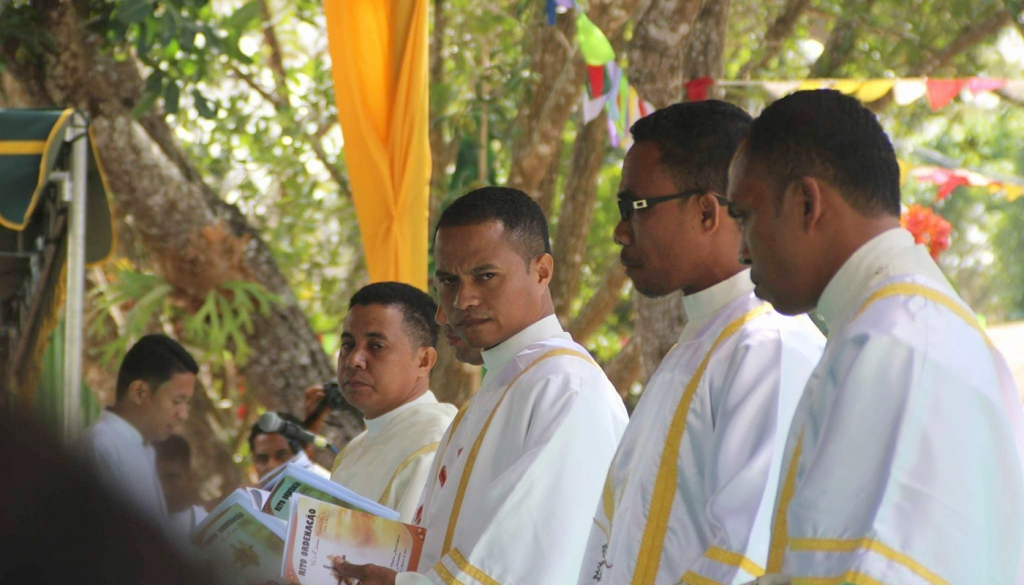East Timor - Priestly ordination of five Salesian youths
