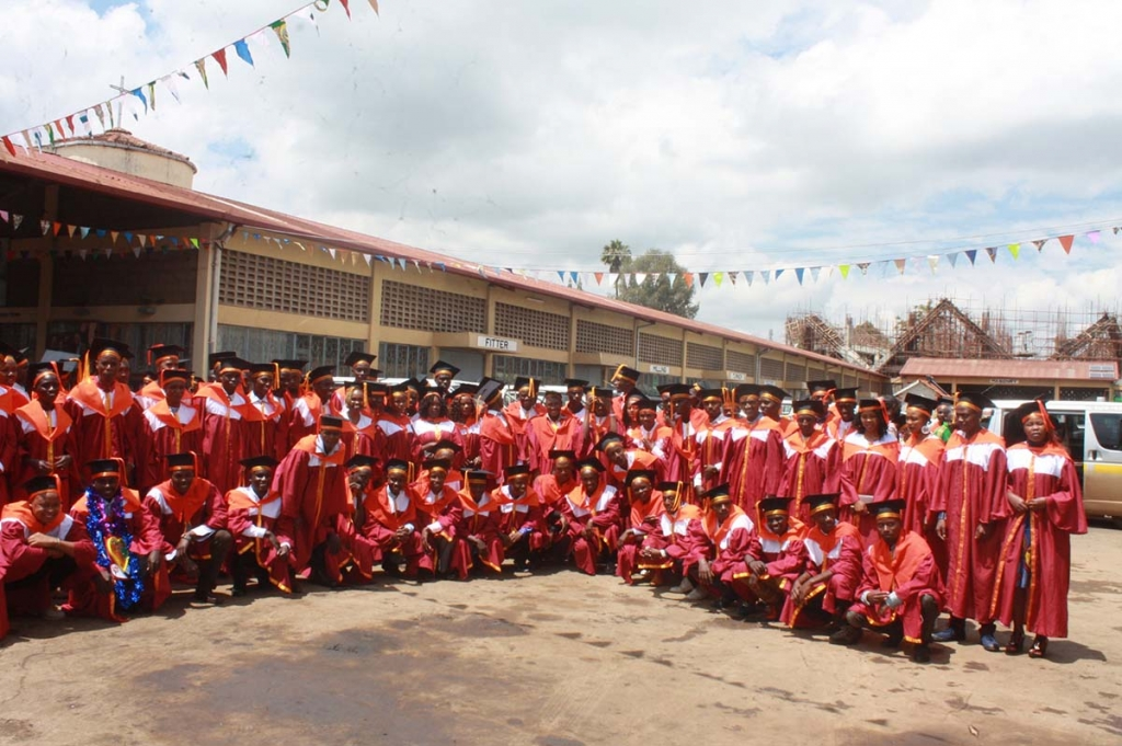 "Kenya – Diplomas awarded to 145 students of ""Don Bosco Boys' Town"""