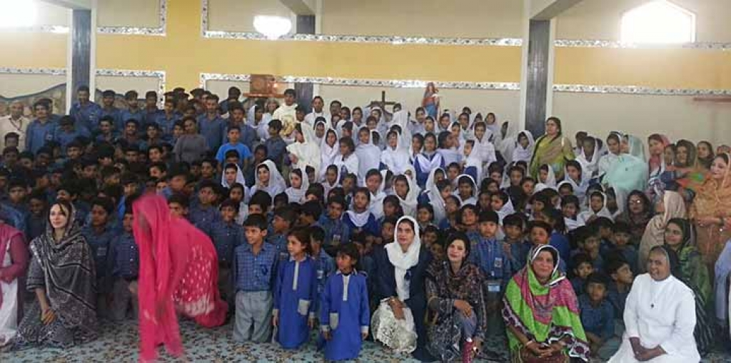 Pakistan - Feast of Mary Help of Christians