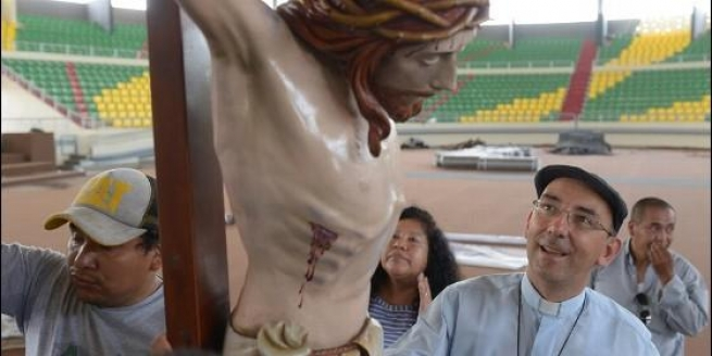 Peru - Salesian craftsmanship again at center of papal celebrations