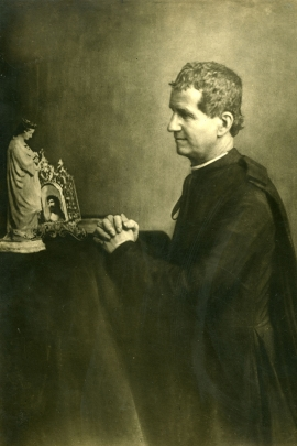 "Italy - The photo of ""Don Bosco on his knees"""