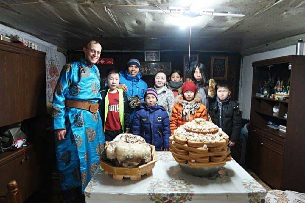 Mongolia - Celebrating Easter in Shuuwuu