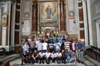 Italy - Group of missionaries of 150th Expedition visits Sacred Heart