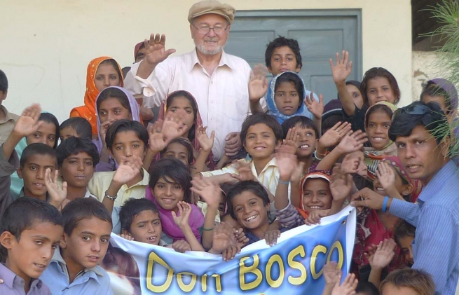 "Pakistan – Don Zago, il ""Don Bosco del Pakistan"" saluta definitivamente il paese"