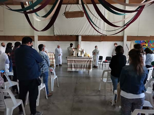 "Uruguay – ""Don Bosco School of Arts & Crafts - Tacurú Movement"": for 50 years a presence of God in Marconi district"
