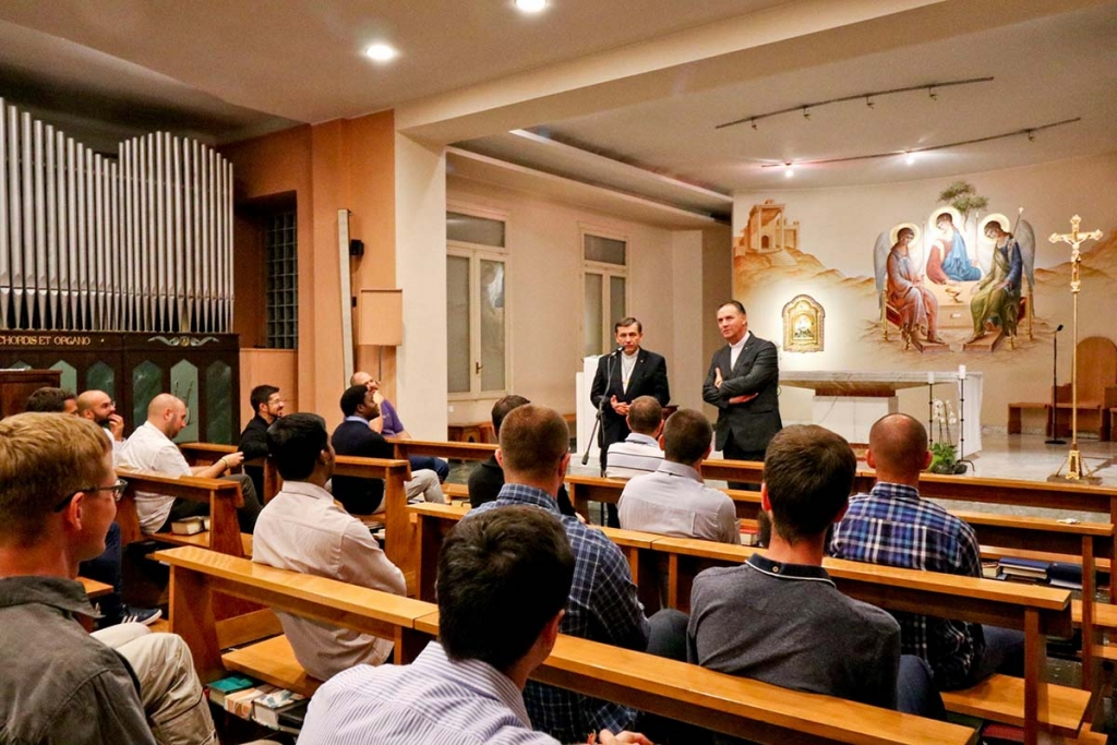 "Italy - Rector Major visits ""Crocetta"" theological students"