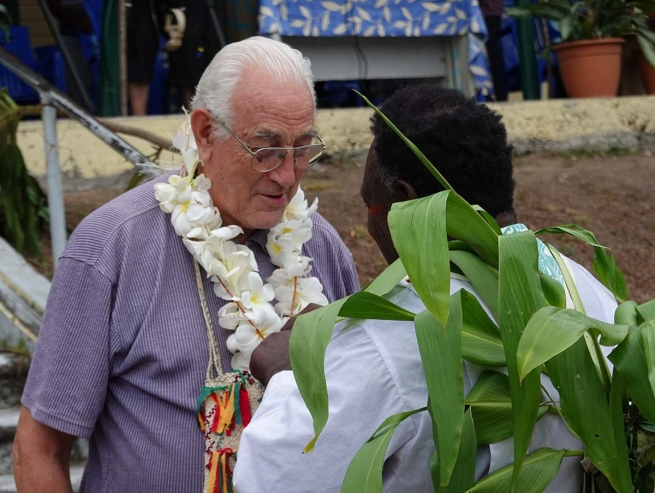 Papua New Guinea – Emotional farewell with gratitude to a much-loved shepherd: Archbishop Francesco Panfilo, SDB