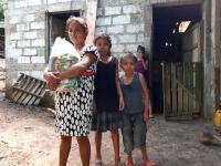 Guatemala – Nuove case e qualcosa da mangiare: il dono salesiano per i poveri di San Benito