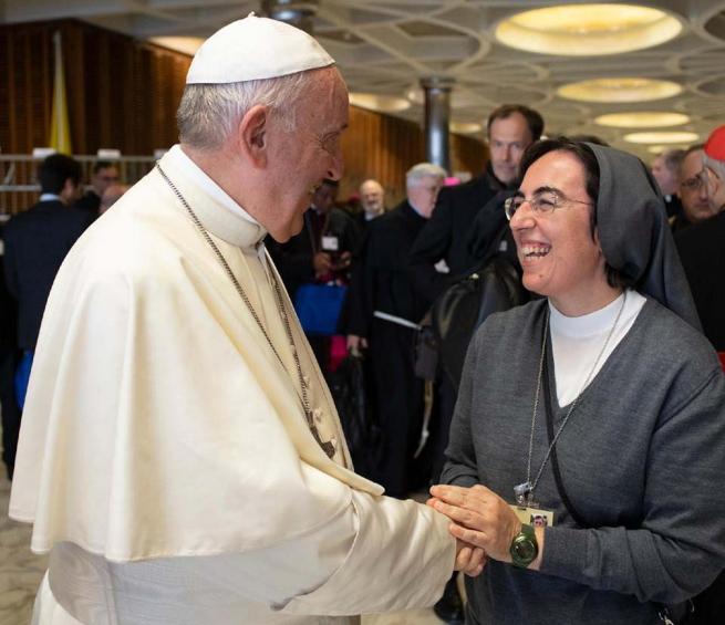 Vaticano – Una mujer consejera del Estado de la Ciudad del Vaticano: Sor Alessandra Smerilli, FMA