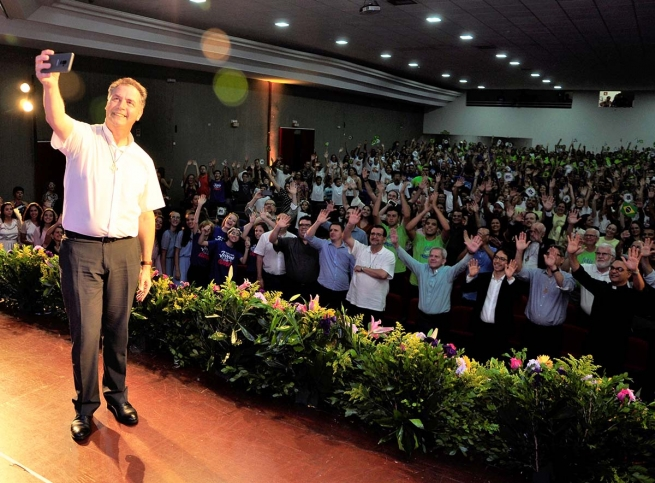 "Brazil - ""Carry the heart of each one of us in your heart as Father and Rector Major"": Rector Major's visit ends"