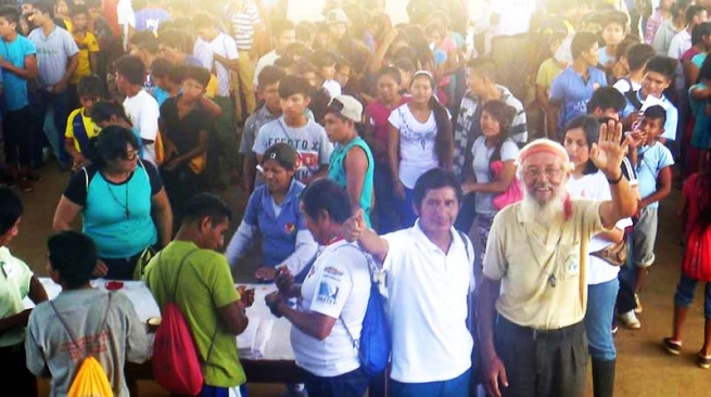 "Ecuador - ""Forgive With Joy"": a Shuar Youth Congress that has gathered over 500 young people"
