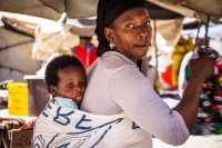 Angola – A cardboard cradle and a mother's love