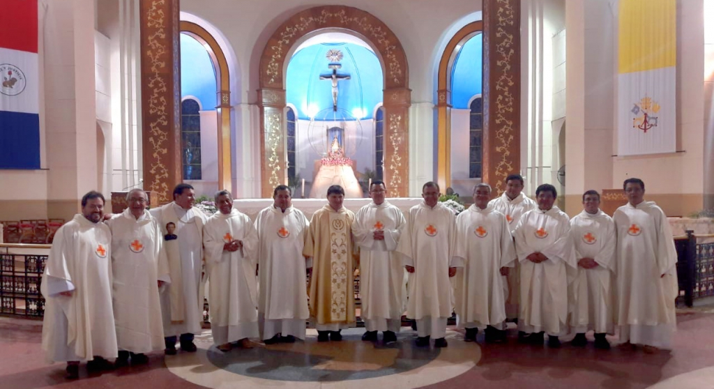 Paraguay – Holy Mass at Basilica of Caacupé, before large young crowd