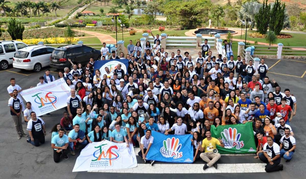 Brazil - Hundreds of youths at Salesian Youth Meeting