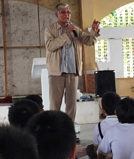The Philippines – Prayer and commitment for poor young people: the strength and joy of Br. Hopida